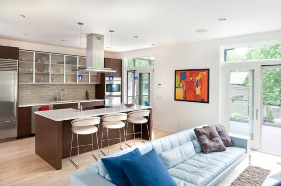 дизайны гостиных совмещенных с кухней в загородном доме фото #8