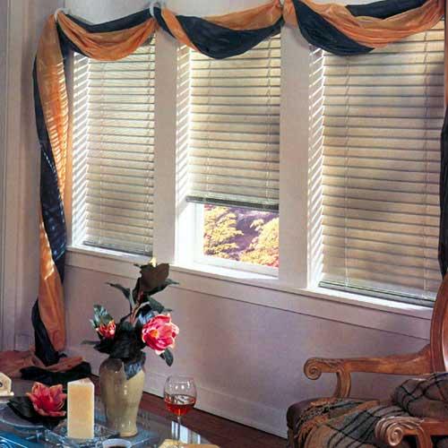 Дизайн окна с жалюзи