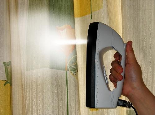 гладить шторы отпаривателем